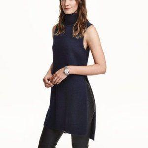 La Class Couture Black Turtleneck Knit Dress